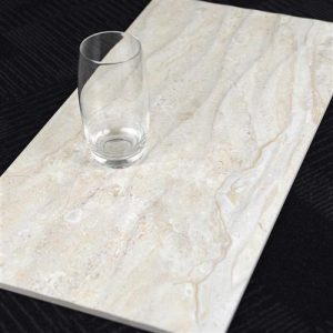 b10s3-300x600-cliff-travertine-ligh-wave-line