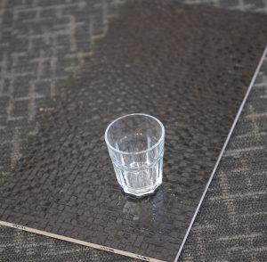 BR3611 Metal Grid Black 300x600