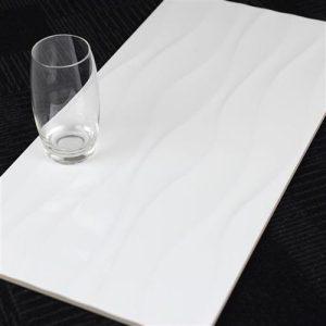 b10s2-300x600-wave-line-gloss