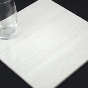 f3s8-600x600-timber-light-polish