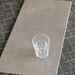 YI6P6577 Premium Marble Nero Matt 300x600
